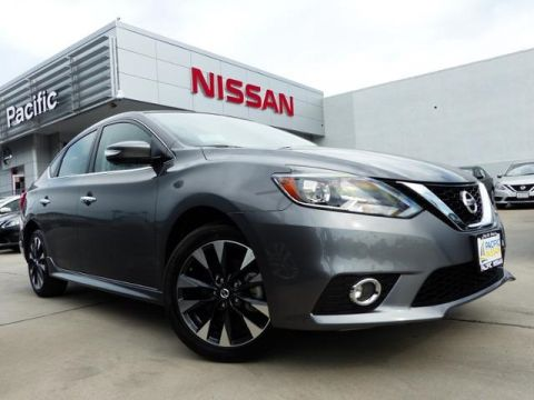 New 2017 Nissan Sentra SR FWD 4D Sedan