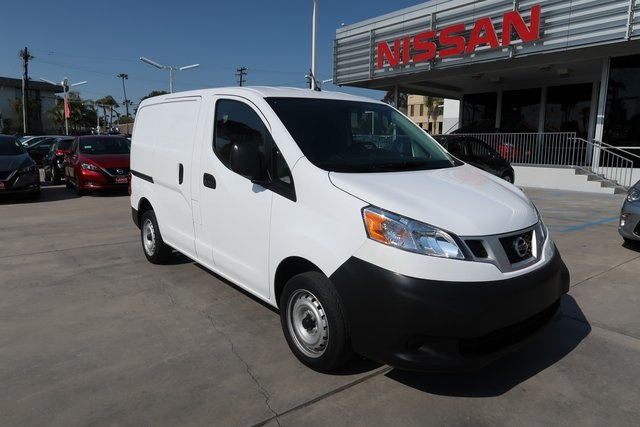 Pre-Owned 2017 Nissan NV200 S