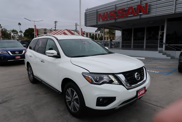 Certified Pre Owned 2017 Nissan Pathfinder Sv