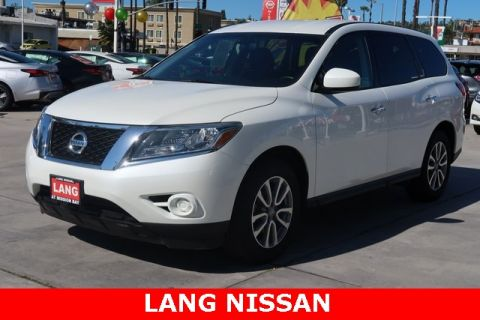 Pre-Owned 2015 Nissan Pathfinder S